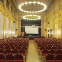 Assemblying of the technical equipment in the main presentation hall.